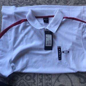 NWT OAKLEY PERFORATED SOLID POLO WHITE SZ M